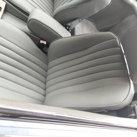Mercedes SL560 Czarny po renowacji_2