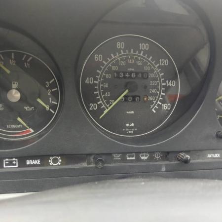 Mercedes SL560 Czarny po renowacji_5