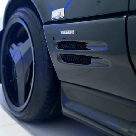 Mercedes 500SL Brabus pakiet Japonia_1