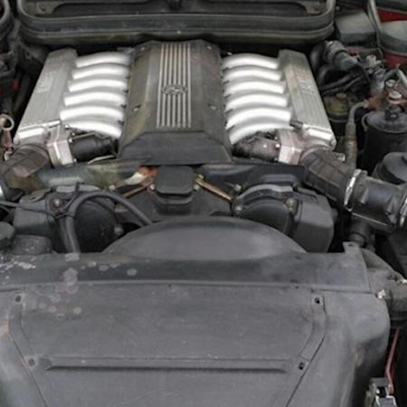 BMW 850 e31 Po renowacji_20