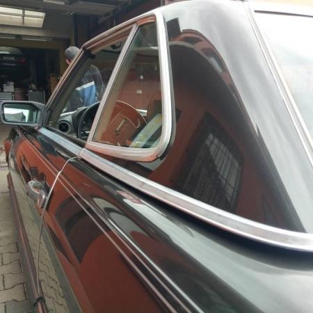 Mercedes SL560 Czarny po renowacji_10