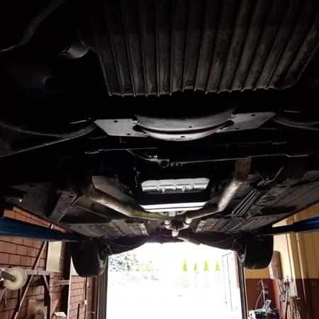 Mercedes SL560 Czarny po renowacji_12