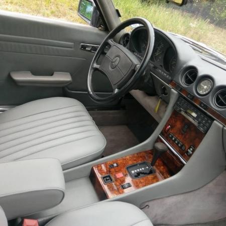 Mercedes SL560 Czarny po renowacji_13