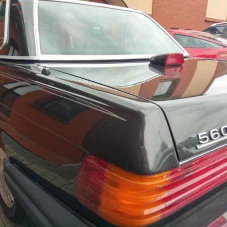 Mercedes SL560 Czarny po renowacji_16