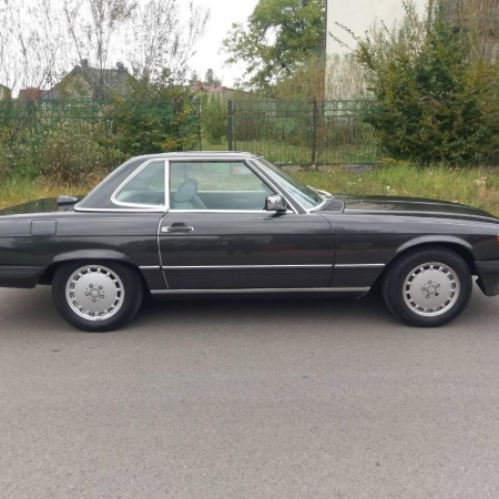 Mercedes SL560 Czarny po renowacji_3