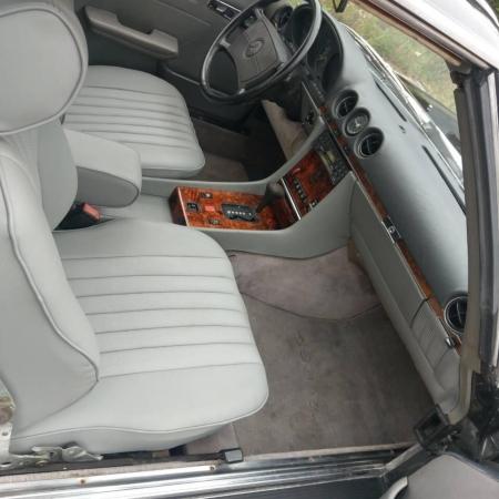Mercedes SL560 Czarny po renowacji_4