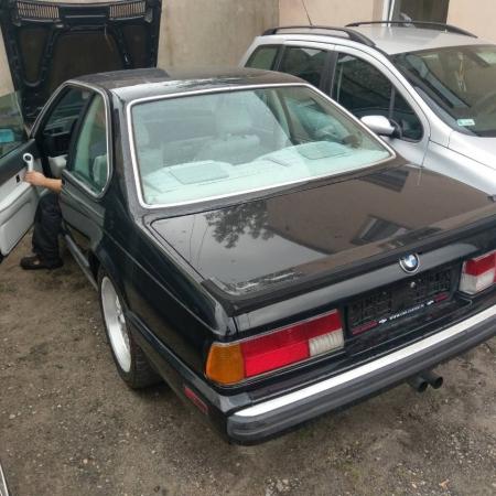 BMW M6 Czarna Sprzedana - www.car-classic.pl_1