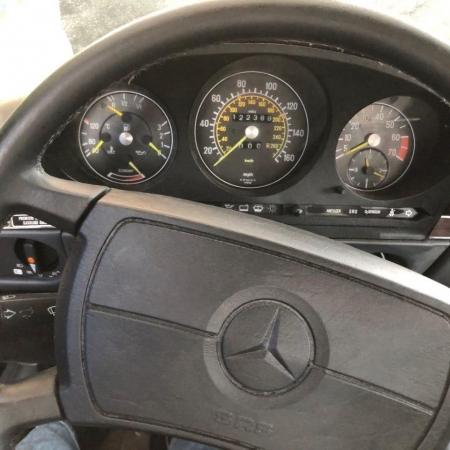 MERCEDES 560SL