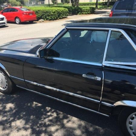 Mercedes 560SL_9