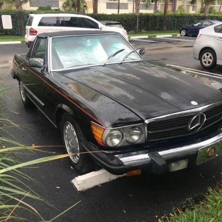 Mercedes 560SL R107_2