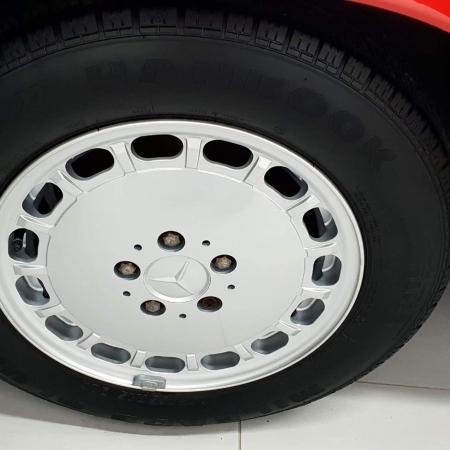 Mercedes SL560 Czerwony po renowacji_1