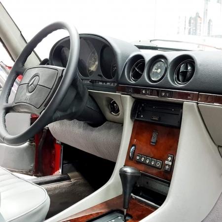 Mercedes SL560 Czerwony po renowacji_2